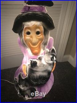 34 Halloween Witch Illuminated Blow Mold Yard Decor Trick or Treat General Foam