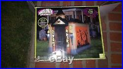 Airblown Inflatable Haunted Tunnel. Gemmy Haunted House. Halloween Prop