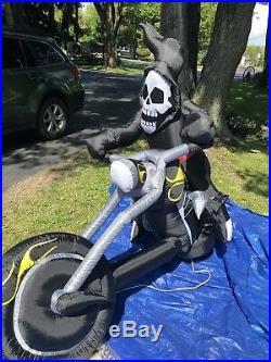 Biker Grim Reaper Inflatable 8 Ft