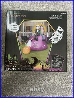 Disney Jack & Sally 7' Lighted Airblown Inflatable Nightmare Before Christmas