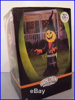 Gemmy 10 ft Lighted Halloween Air blown Inflatable Scary Pumpkin Ghoul Reaper