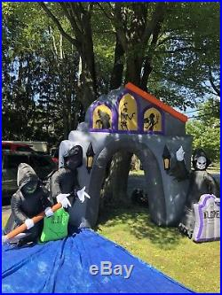 Gemmy Prototype 15-17 Grace Yard Archway Inflatable. Rare