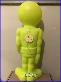 General Foam Plastics Alien Blow Mold 3' Tall Grn Plastic