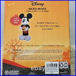 Halloween 5 ft Retro Disney Mickey Mouse and Minnie Airblown Inflatables with LEDs