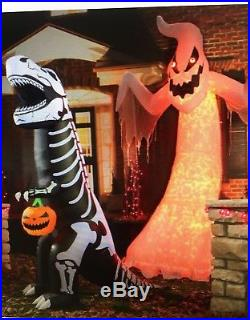 Halloween Airblown Inflatable 12 ft. Giant Ghost