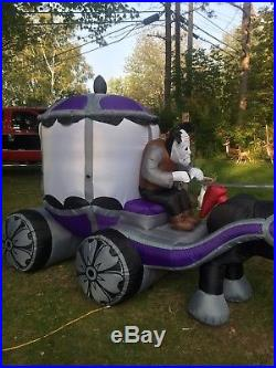 Haunted Carriage 12 Ft Inflatable, Excellant Condition