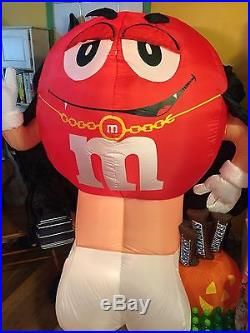 M&M DRACULA SNICKERS HALLOWEEN INFLATABLE 6ft BLOW UP GOOD USED CONDITION