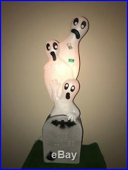 NEW Vintage 40 Union Halloween Lighted Tombstone with Ghosts Blow Mold Decor