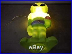 Rare Green Plastic Alien Lighted Blow Mold Yard Decoration