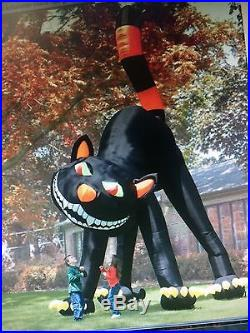 TWO STORY INFLATABLE BLACK CAT, Animated, Head Rotates FOR HALLOWEEN used